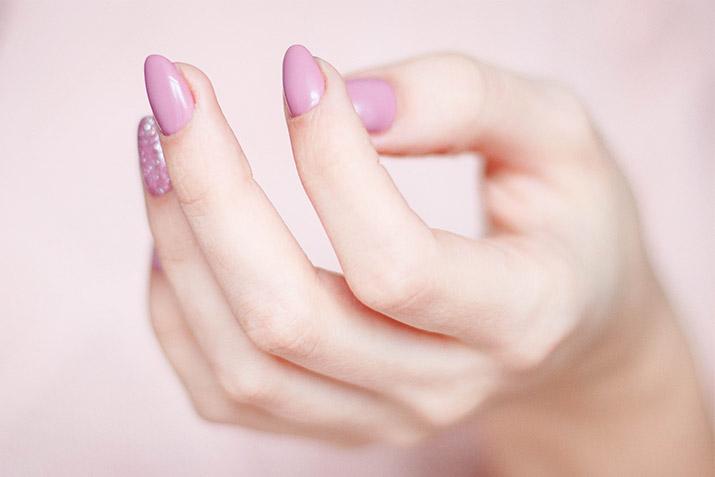 El tratamiento ideal para conseguir unas uñas sanas